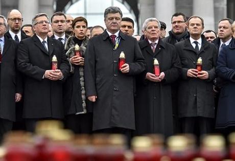 Главное за день 22 февраля: марш Достоинства; теракт и АТО в Харькове; гуманитарная ситуация в Дебальцево