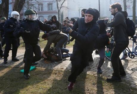 франкфурт, полиция, протест, германия
