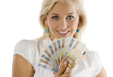 Быстрые кредиты в Украине и Эстонии: законодательство, особенности предоставления