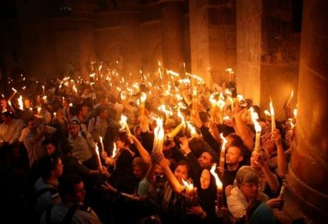 благодатный огонь, пасха, иерусалим, храм гроба господнего